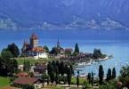 بحيرة ثون سويسرا