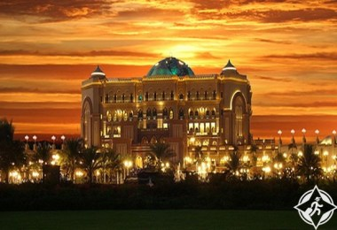 فندق قصر الإمارات أفخم منتجع ساحلي