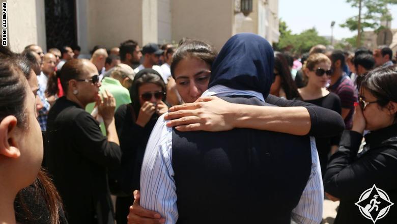 هل كان هناك انفجار على متن الطائرة المصرية قبل سقوطها؟