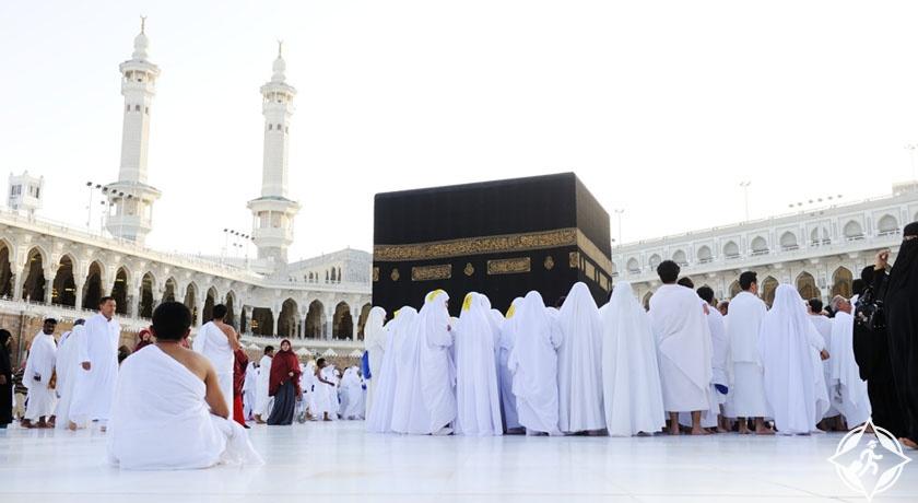 السعودية توقف إصدار تأشيرات العمرة بعد إصدار 6.4 مليون تأشيرة