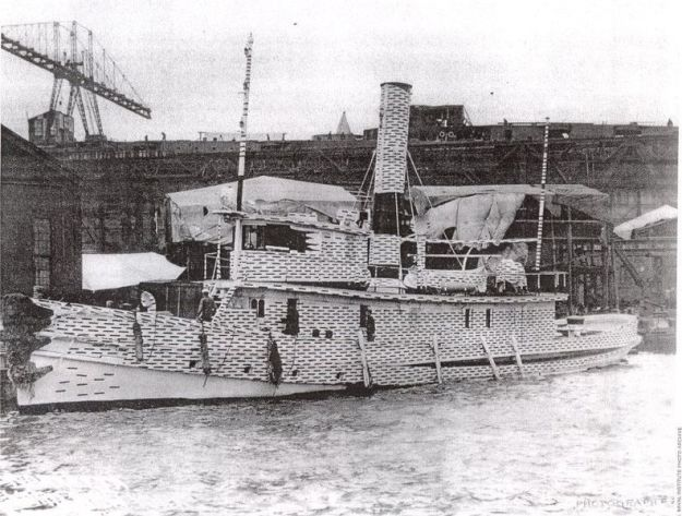 Steam tug USS Narkeeta operating in New York in 1917