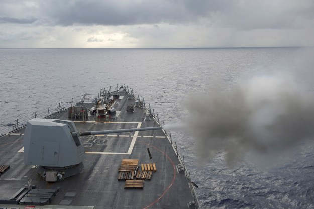 USS Nitze (DDG 94) fires its MK-45 5-inch/54-caliber lightweight gun on May 12, 2014. US Navy Photo