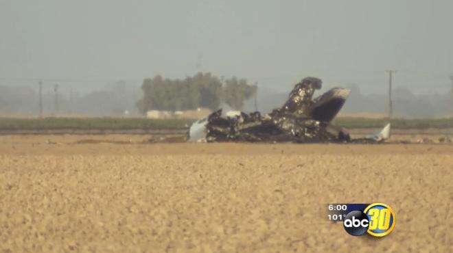 Super Hornet Crashes in California, Pilot Safe