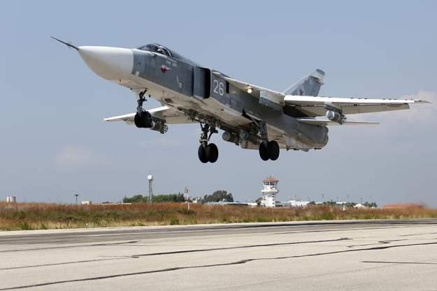 http://i0.wp.com/news.usni.org/wp-content/uploads/2015/10/Russian_Air_Force_Sukhoi_Su-24_at_Latakia_Air_Base.jpg?resize=625%2C417
