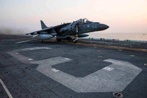 An AV-8B Harrier assigned to Marine Medium Tiltrotor Squadron (VMM) 162 (Reinforced), 26th Marine Expeditionary Unit (26th MEU), launches from the amphibious assault ship USS Kearsarge (LHD-3) on Nov. 19, 2015. US Navy Photo