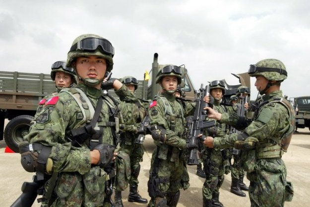 Undated Photo of Taiwanese troops using U.S. equipment.