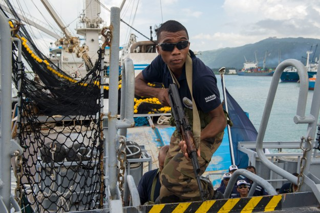 17-Nation Indian Ocean Exercise Focuses On Anti-Trafficking, Maritime Law Enforcement