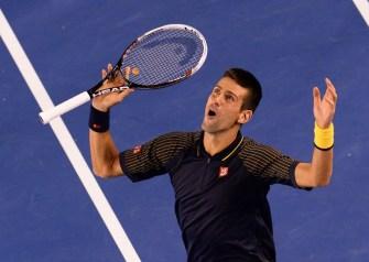 Djokovic beats Murray to complete Australian Open hat-trick