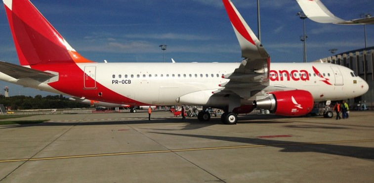 Avianca A320 PR-OCB 900px