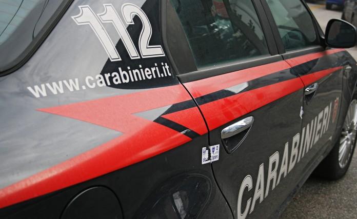Rapina a Guidonia: ferito gioielliere, 2 fermati dai carabinieri
