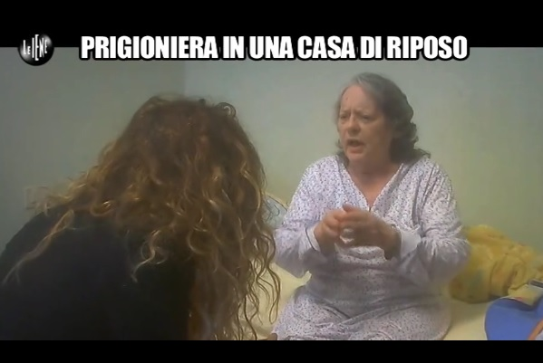Raggira un'anziana e le ruba 268mila euro, donna arrestata