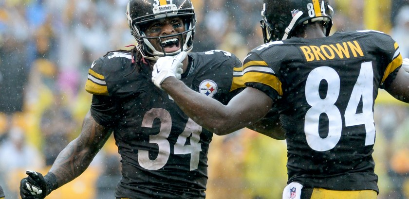 Matt Freed/Post-Gazette Steelers' DeAngelo Williams celebrates a touchdown run with Antonio Brown against the Bengals in the fourth quarter Sunday at Heinz Field.