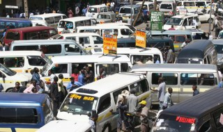 PHOTO/MICHAEL MUTE A traffic conjestion at  tearoom matatu terminus along Accra   road as most Nairobians made the last minute rush to their rural homes for chrismas festive on 24 december 2008. The jam lasted for most of the afternoon.