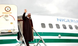 Buhari waving at Jet