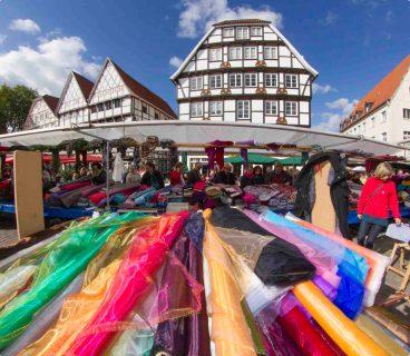 Deutsch-holländischer Stoffmarkt in Soest. Foto: Stadt Soest