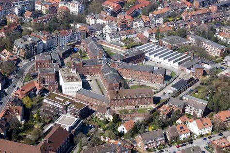 Aus der Vogelperspektive erkennt man den sternförmigen Aufbau der JVA Münster. Foto: Archiv JVA Münster