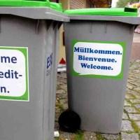 Sprüche-Mülltonnen im Einsatz