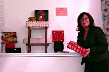 Zwei- und dreidimensionale Werkstücke entstehen beim Workshop im LWL-Textilwerk Bocholt. Foto: LWL/Holtappels