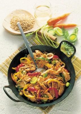 Gemüsepfanne mit Putenfleisch (cholesterinarm) Foto: Wirths PR