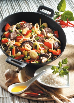 Gemüsepfanne mit Rindfleisch (cholesterinarm) Foto: Wirths PR