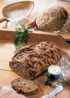 Kräuterbrot mit Möhren  Foto: Wirths PR