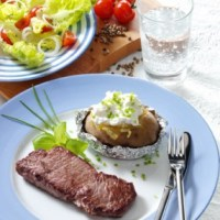 Hüftsteak mit Folienkartoffeln und Quark (cholesterinarm)