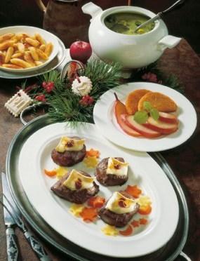 Weihnachtsmenü Tranchen vom Rehfilet mit Camembert Foto: www.weihnachtsmenue.de