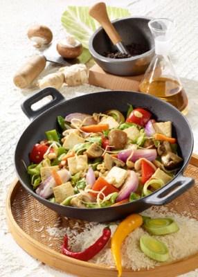 Wok-Gemüse mit Tofu Foto: Wirths PR