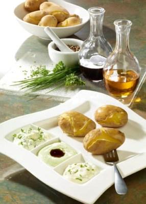 Diät-Rezept: Pellkartoffeln mit Quarkdips Foto: Wirths PR