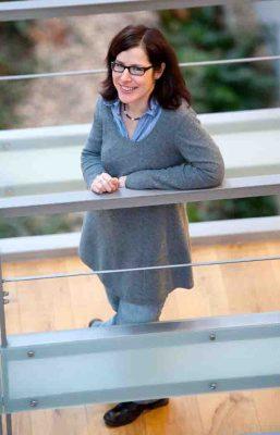Prof. Dr. Regina C. Betz hat die Heisenberg-Professur für Dermatogenetik am Institut für Humangenetik der Universität Bonn inne. (c) Foto: Volker Lannert/Uni Bonn