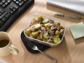 Diät-Rezept: Kartoffelsalat mit Pesto und Thunfisch Foto:  Wirths PR/ J. West