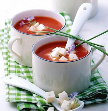 Tomaten-Mozzarella-Süppchen (für Diabetiker)