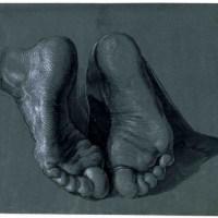 Füße eines knienden Apostels