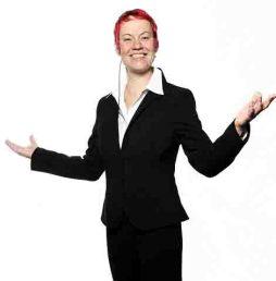Sandra Weckert ist Trainerin, Speakerin und Expertin für Führen durch Orchestrieren.