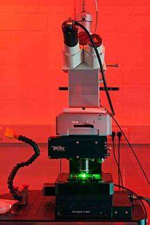 Konfokales Ramanmikroskop am Lehrstuhl für Biophysik © LS Biophysik