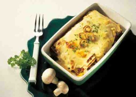 Lasagne mit Käsesauce Foto: Wirths PR
