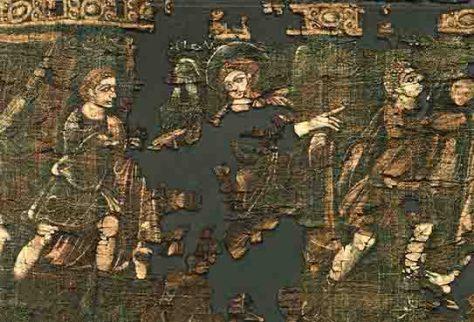 Auf dem Genesis-Wandbehang sind der Kopf und Schulterbereich eines Engels mit Flügeln zu erkennen. Er geht nach rechts und weist mit seiner rechten Hand nach vorn, wendet sich mit dem Kopf aber zurück zu einem Mann am linken Rand des Behanges, der Joseph darstellt. Das Textil stammt aus der Mitte des 4. Jahrhunderts und ist in der Abegg-Stiftung in Riggisberg (Schweiz) zu sehen. Inv. Nr. 4185 (c) Foto: Abegg-Stiftung, CH-3132 Riggisberg (Christoph von Viràg)
