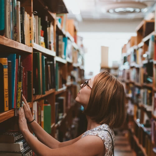 קריאה יכולה להיות טיפול רגשי בחרדה ומתח