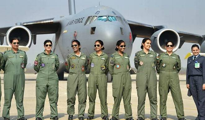 th19_women_pilots
