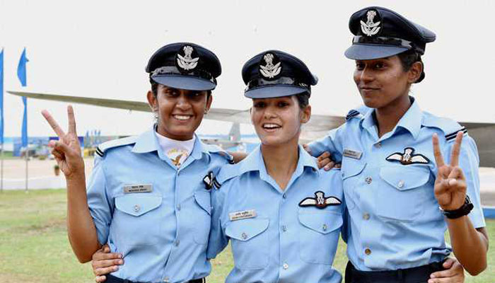 629939-women-fighter-pilots