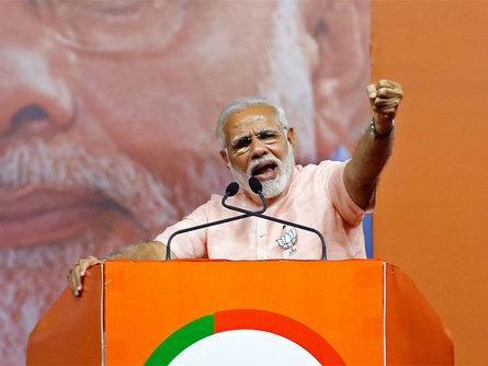 narendra-modi-attacks-rahul-gandhi-over-ready-to-be-pm-remark
