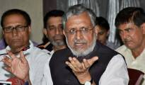 Patna: Senior BJP leader Sushil Kumar Modi addresses a press conference in Patna on Tuesday. PTI photo (PTI7_4_2017_000036A)