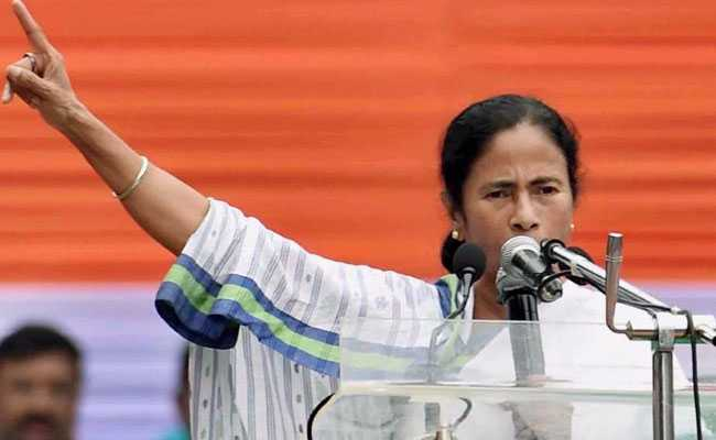 mamata-banerjee-at-kolkata-rally-pti_650x400_71500639961