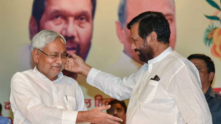 Bihar-Chief-Minister-Nitish-Kumar-and-Union-Minister-Ram-Vilas-Paswan-770x433