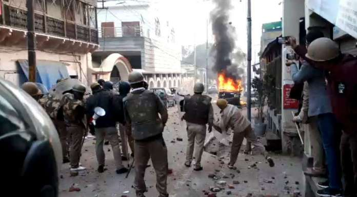 Police-personnel-in-Uttar-Pradesh-during-antiCAA-protest