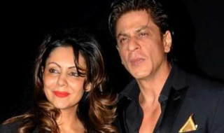 real-king-khan-shah-rukh-and-gauri-offer-their-4-storey-persona