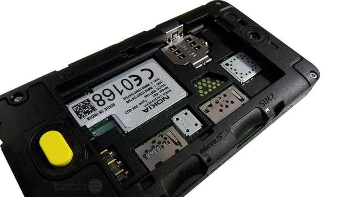 """Nokia Asha 501-rear"""