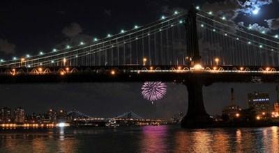 Manhattan Bridge oslavuje 100 rokov