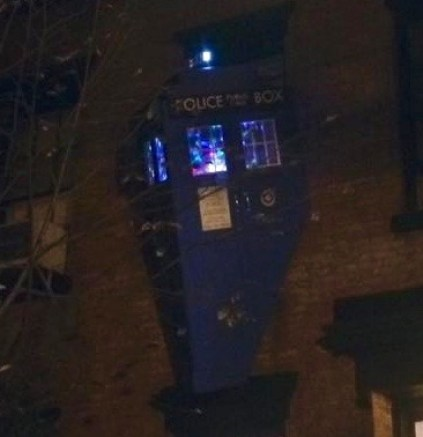dr-who-tardis-perry-street