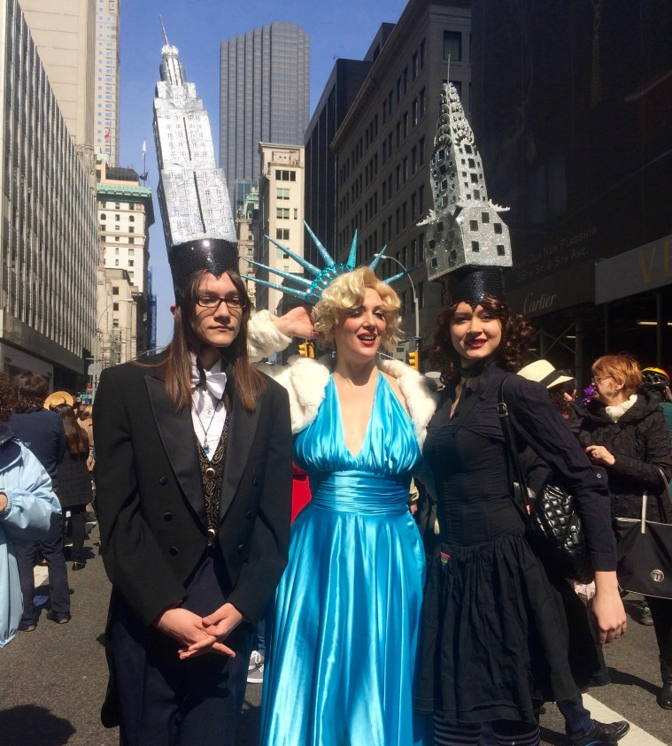 easter-bonnet-parade-nyc-icons